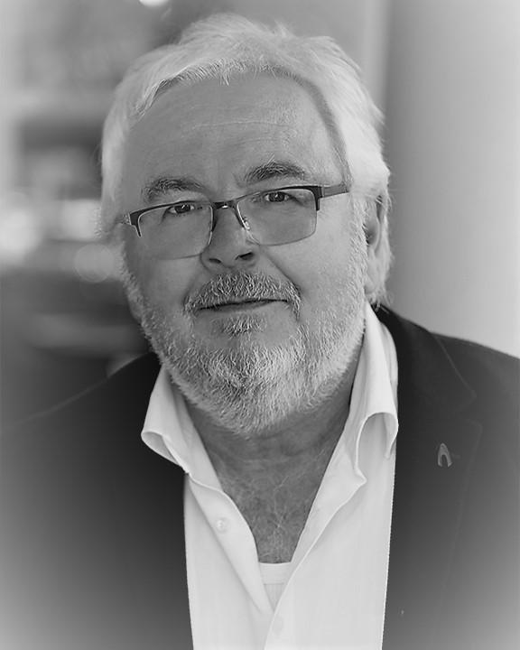 Dr. Peter Lembke